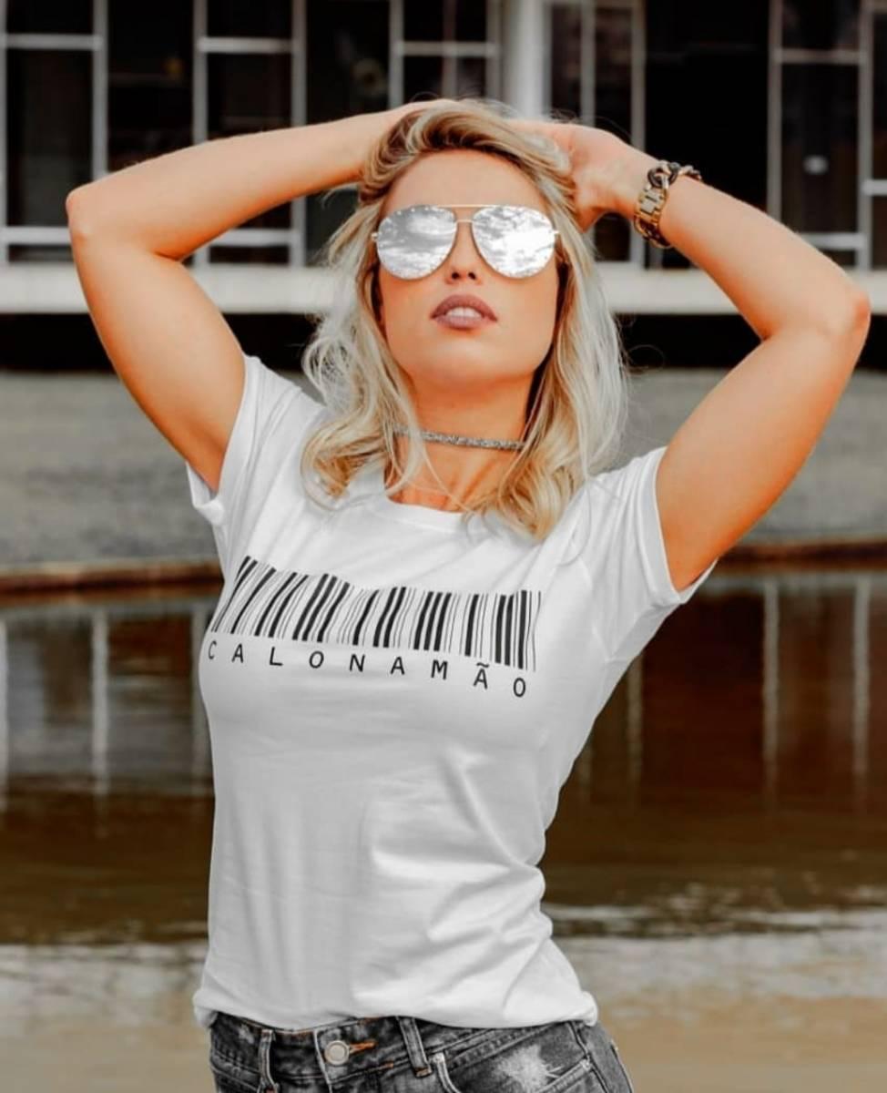 T-Shirt Calo na Mão Feminina BookBel